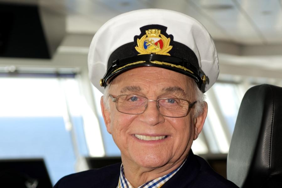 Love Boat-kapitein Gavin MacLeod (90) overleden