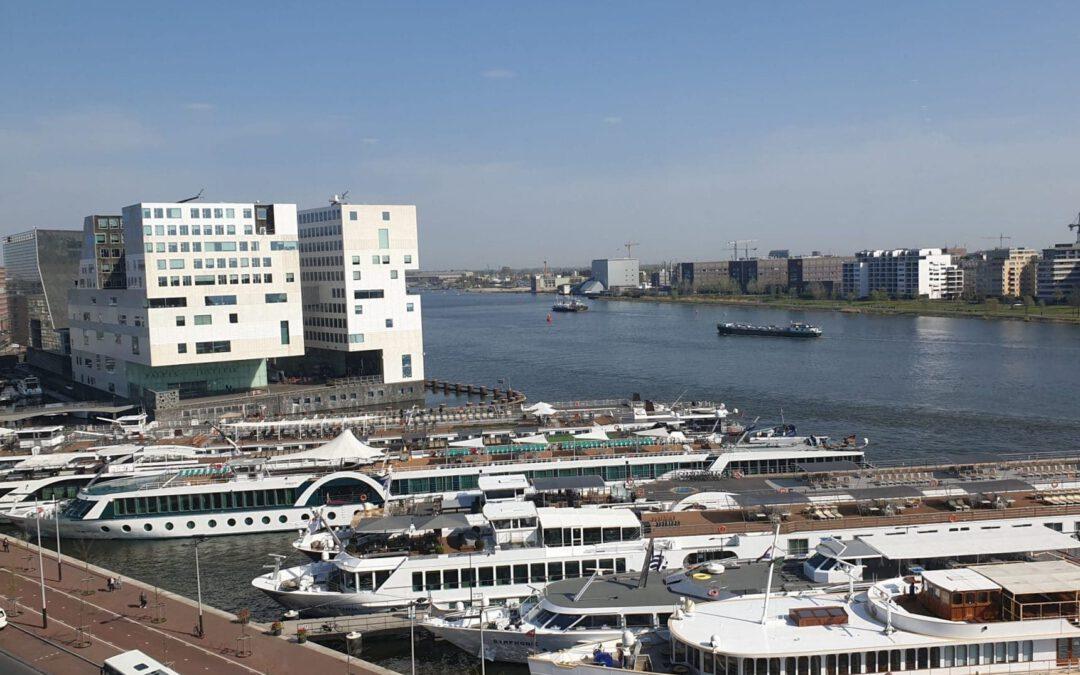 Amsterdamse haven weer open voor riviercruiseschepen