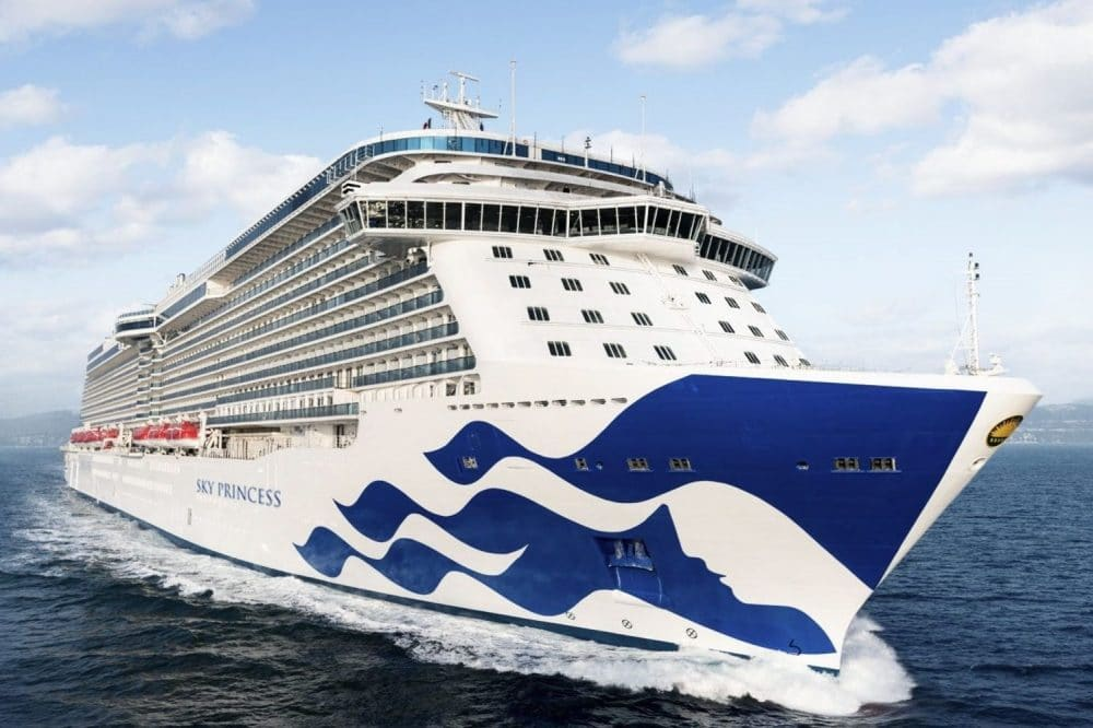 Na een kort bezoek aan Rotterdam arriveert Sky Princess in Southampton