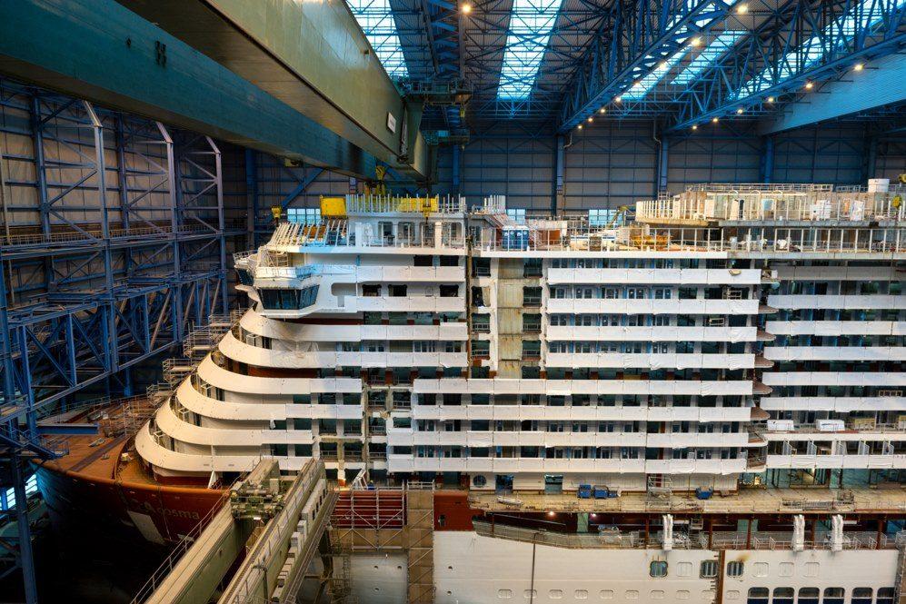 AIDAcosma wordt zaterdag uitgedokt bij Meyer Werft in Papenburg